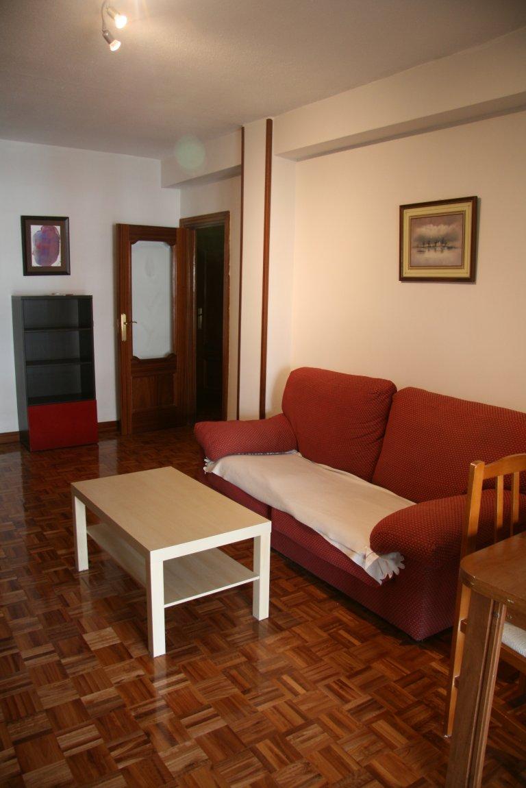 Apartamento de 3 quartos para alugar em Carabanchel, Madrid