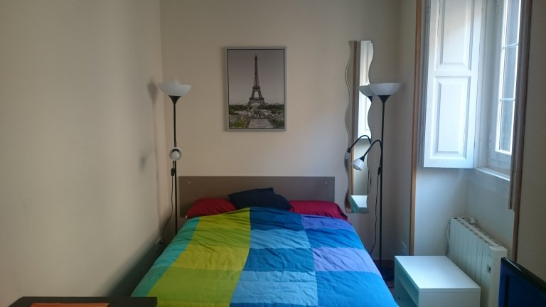 Room for rent in shared apartment in Malasaña, Madrid