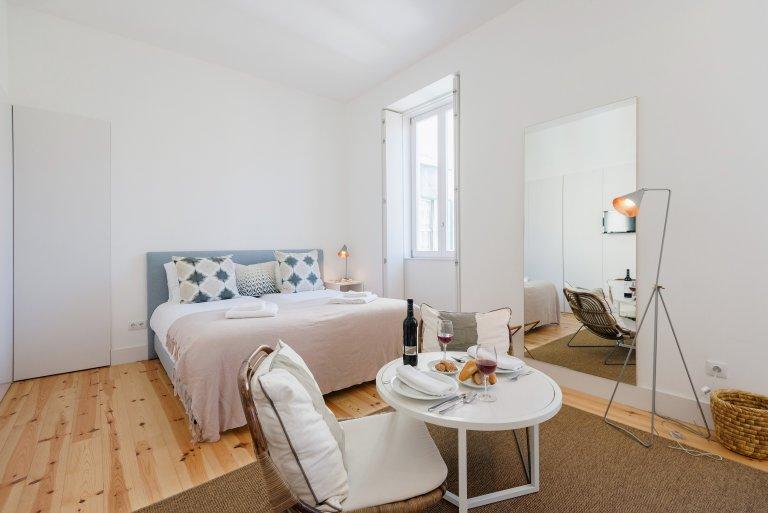 Estudio apartamento en alquiler en Misericórdia, Lisboa