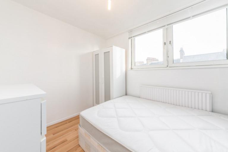 Bedroom 5 - double bed