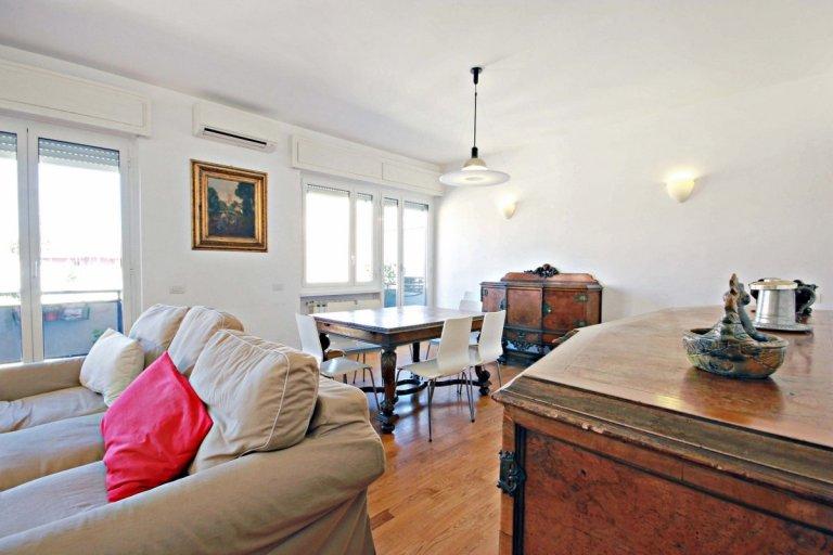 Charmant appartement de 3 chambres à louer à Ostiense, Rome