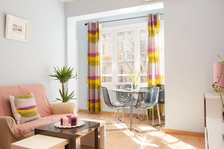 3-pokojowe mieszkanie do wynajęcia w Gràcia, Barcelona