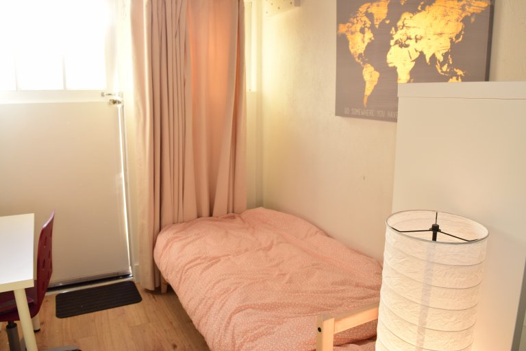Cozy studio flat to rent in Blackrock, Dublin