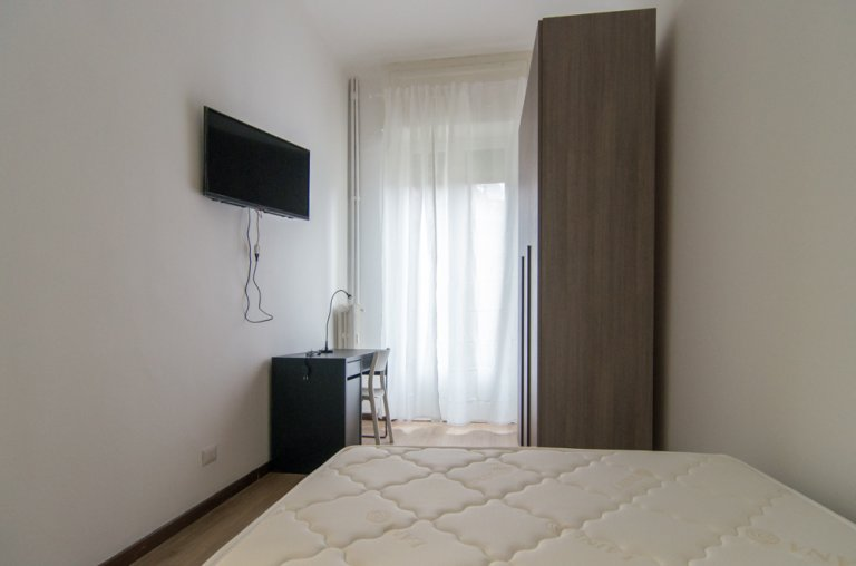 Room 1- Single bed