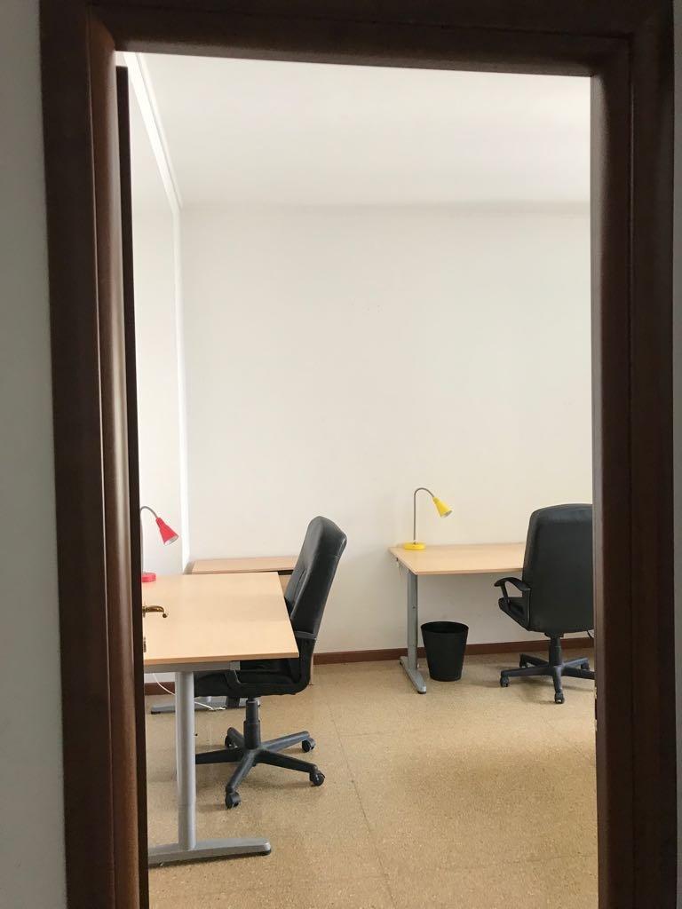 Chambre simple dans un appartement de 3 chambres à Fiera Milano