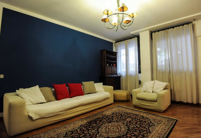 Lively 1-bedroom apartment for rent in Sempione, Milan