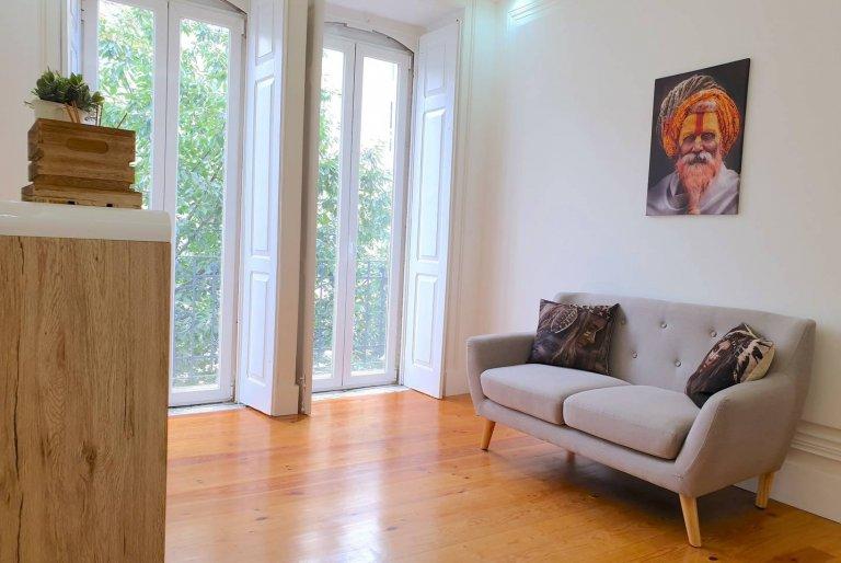 4-pokojowe mieszkanie do wynajęcia w Santo António, Lizbona