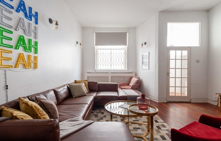 Mieszkanie z 5 sypialniami do wynajęcia w Kensington w Londynie