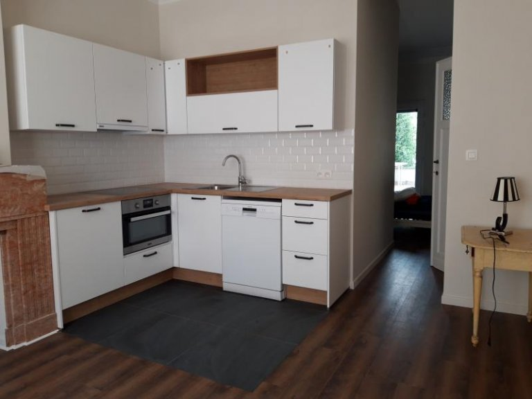 Camera in appartamento condiviso a Sint-Lambrechts-Woluwe