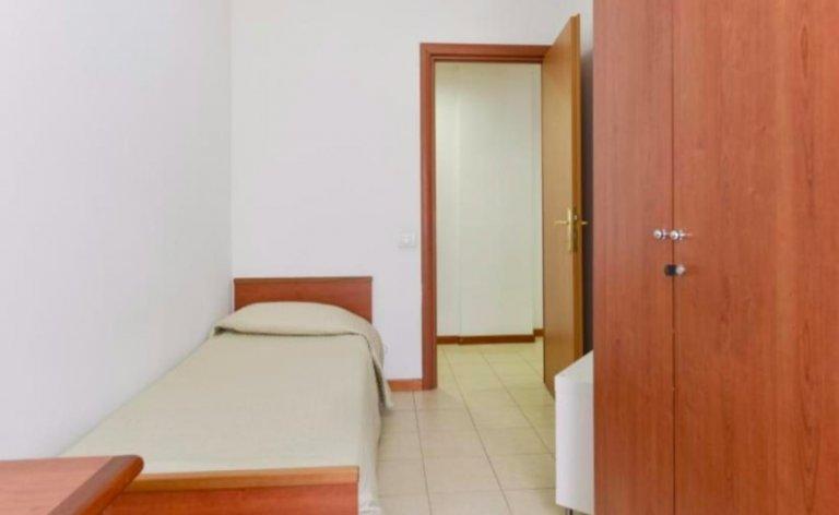 Quarto para alugar em residência residencial em Pigneto, Roma