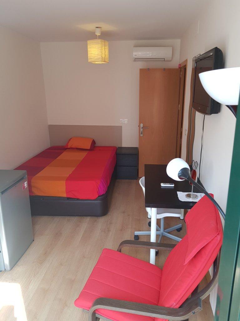 Nice room for rent in Malasaña, Madrid