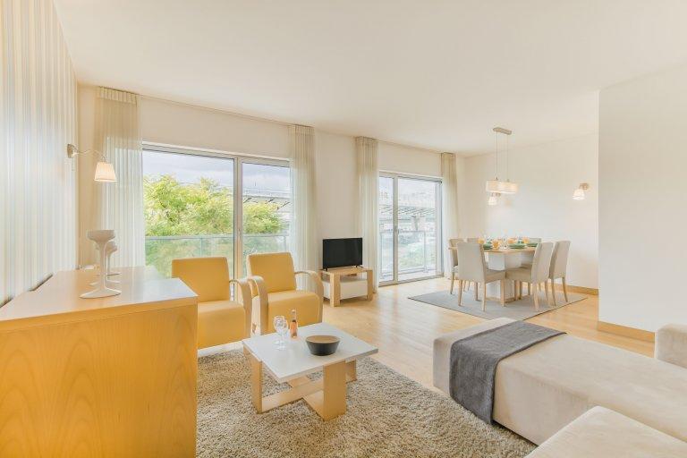 Grande appartamento con 3 camere da letto in affitto a Belém, Lisbona
