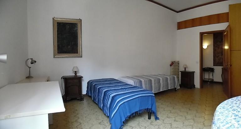 Bedroom 4 - Twin beds