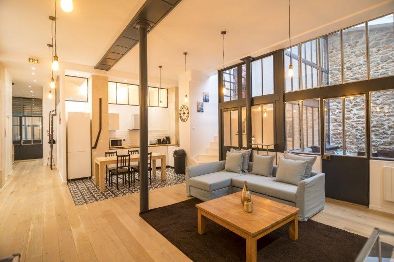 3-bedroom apartment for rent in Paris 10