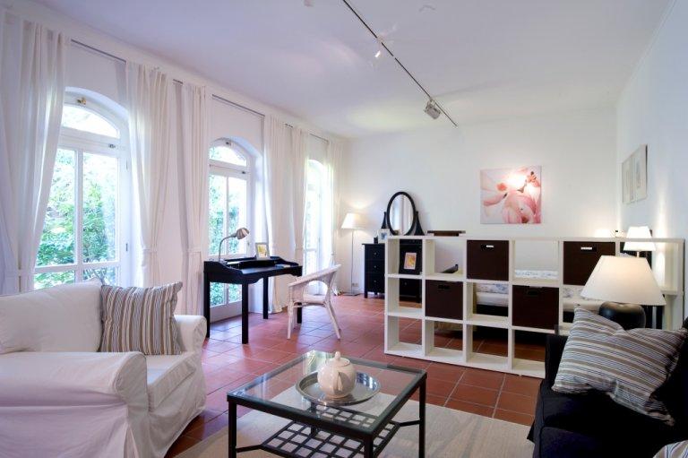 Estudio en alquiler en Steglitz-Zehlendorf, Berlín