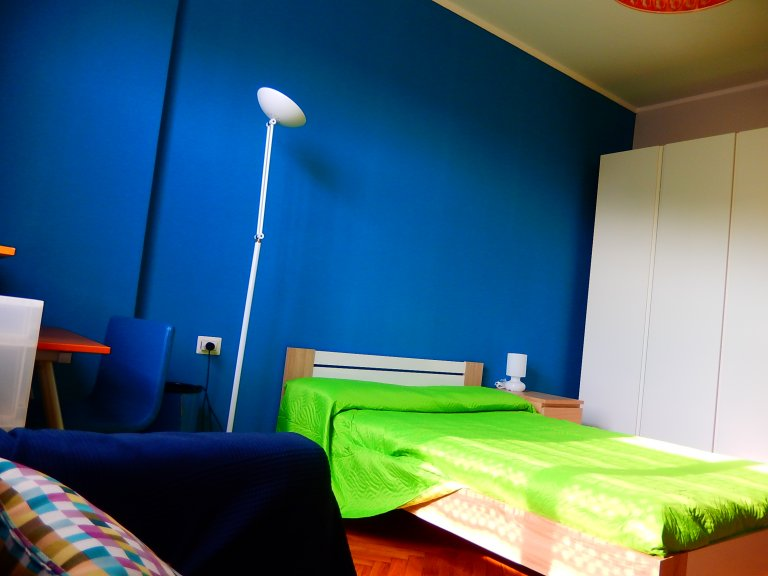 Spacious room in 3-bedroom apartment in San Siro, Milan