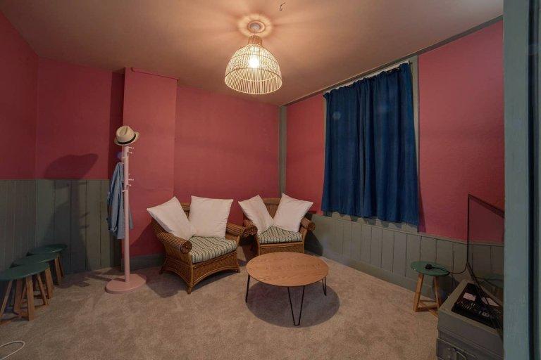 Dom z 4 sypialniami do wynajęcia w Lewisham, Londyn