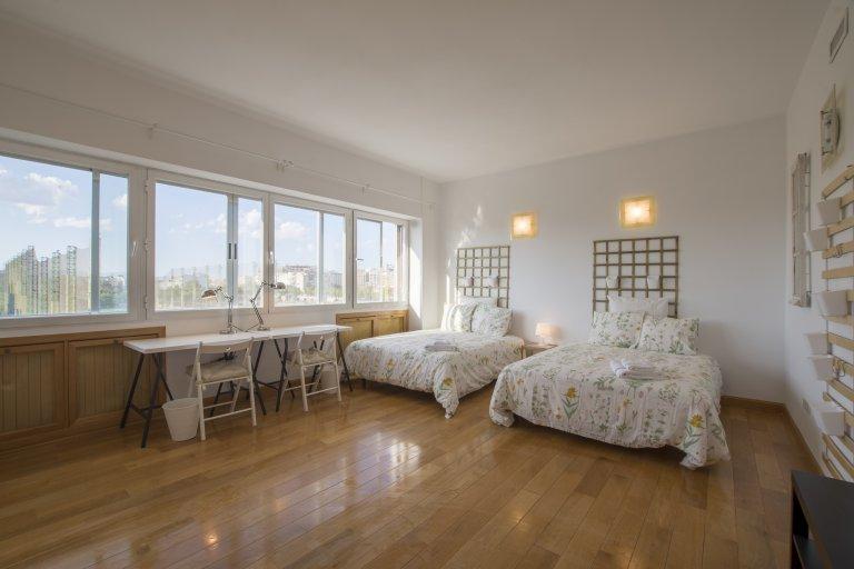 Bedroom 5 - Double beds