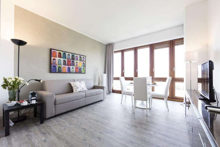 2-bedroom apartment for rent in Stazione Centrale, Milan