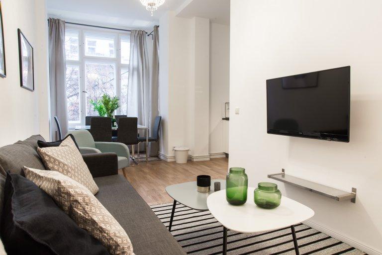 Charlottenburg, Berlin kiralık Airy 2 yatak odalı daire