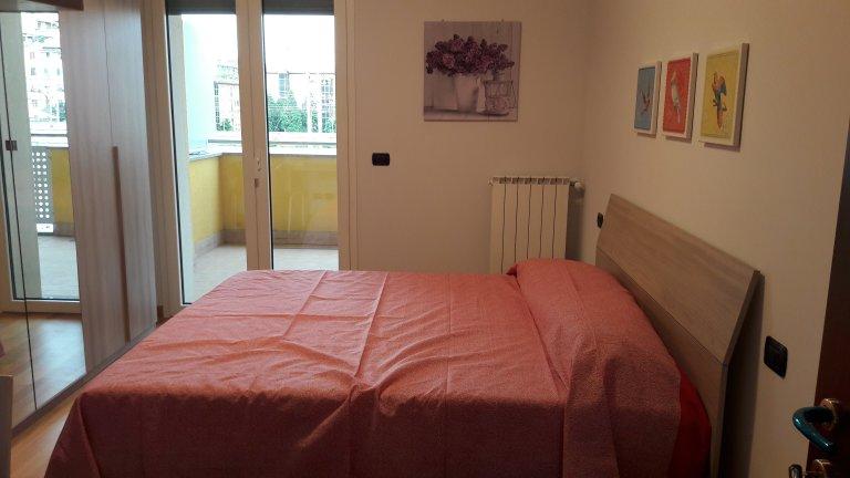 Stanza accogliente in affitto a Lambrate, Milano