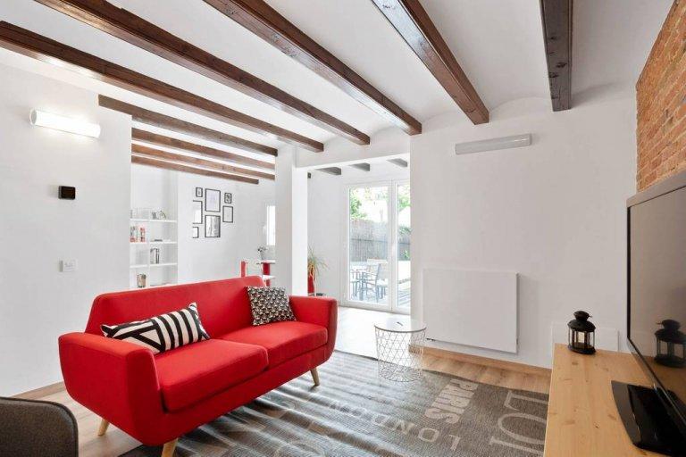 Dom z 5 sypialniami do wynajęcia w Horta-Guinardó, Barcelona