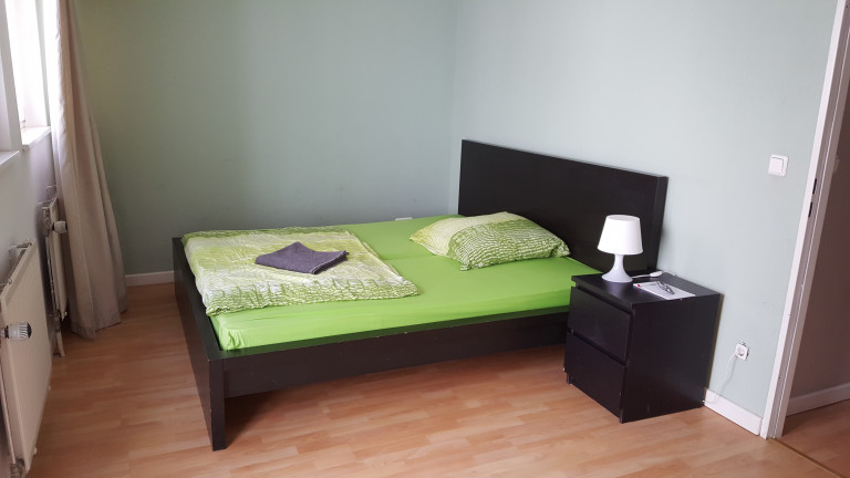 Double Bed in Sunny rooms for rent in flatshare with balcony Kreuzberg