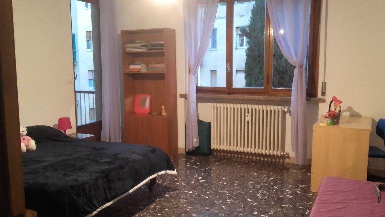 Stanza in appartamento condiviso a Firenze