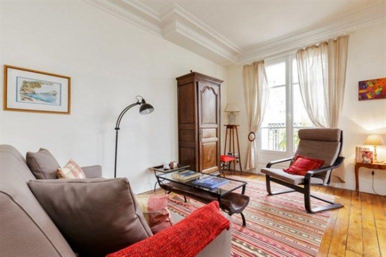 Genial apartamento de 1 dormitorio en alquiler en el distrito 15