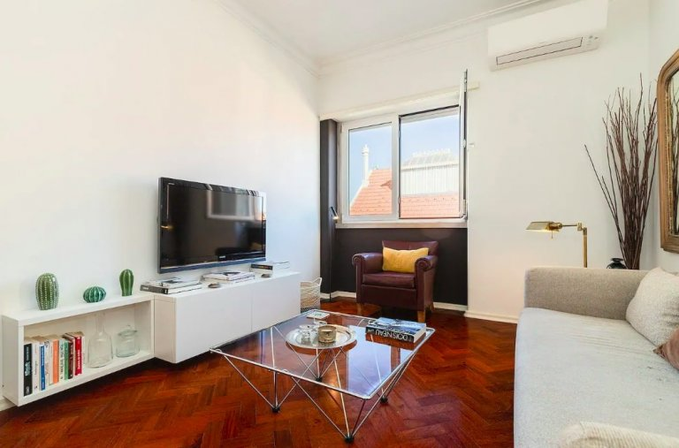 Great 1-bedroom apartment for rent in Santo Antonio, Lisbon