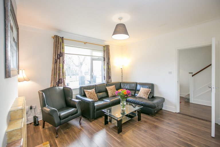 Świetne mieszkanie z 3 sypialniami do wynajęcia w Stoneybatter w Dublinie