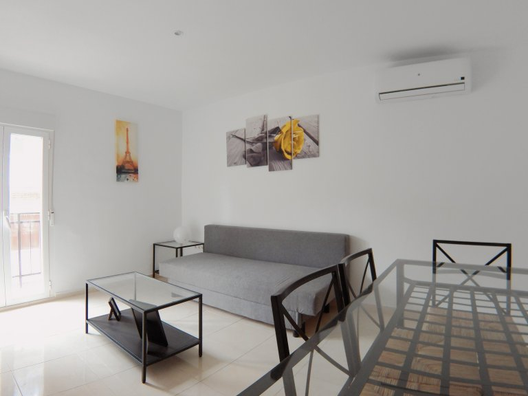 2-bedroom apartment for rent in Usera, Madrid
