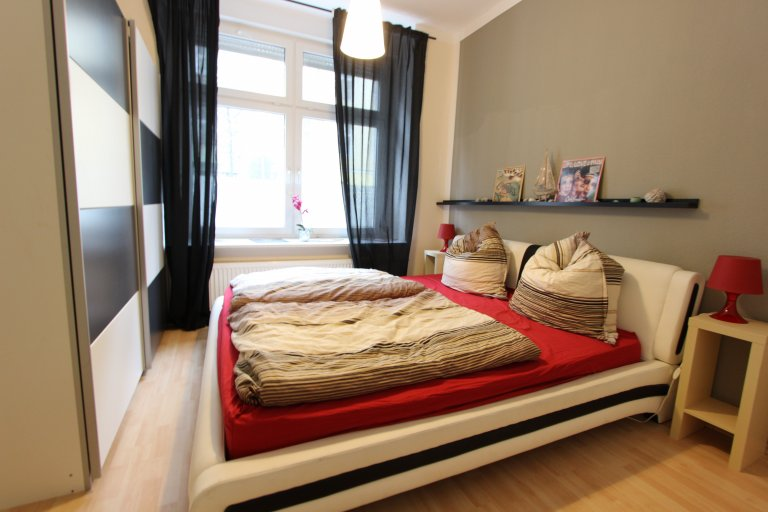 Double Bed in Rooms for rent in a 3-bedroom apartment in Friedrichshain