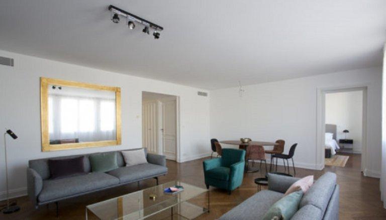 Appartement 2 chambres à louer dans le 8ème arrondissement de Paris