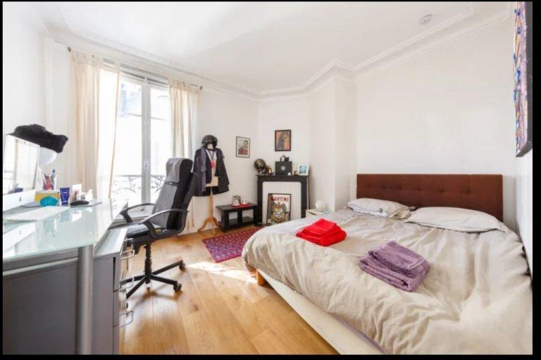 Geräumiges Zimmer in einer Wohnung in Vaugirard, Paris