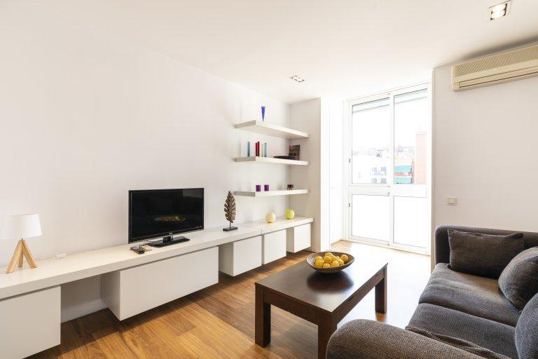 Gran apartamento de 2 dormitorios en alquiler en El Clot, Barcelona
