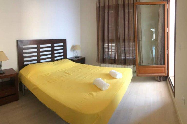 1-pokojowe mieszkanie do wynajęcia w Arapiles, Madryt