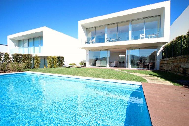 4-pokojowy dom do wynajęcia w Lourel, Lizbona