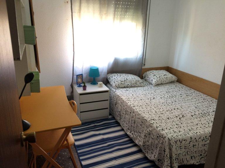 Algirós, Valencia 4 yatak odalı daire kiralık odalar