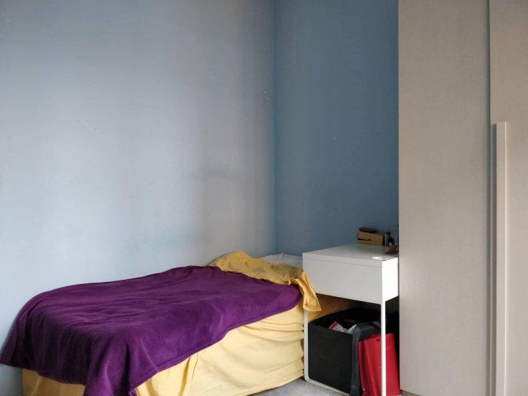 Zimmer zu vermieten in 3-Zimmer-Wohnung in Barona, Mailand