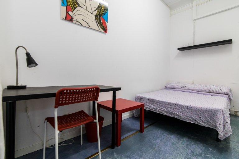 Bedroom 9 - Double bed