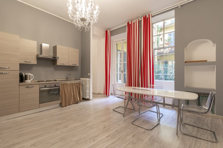 Appartamento bilocale in affitto a Centro Storico, Milano