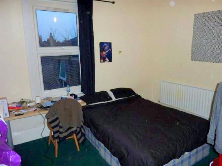 Belle chambre dans un grand appartement partagé à Londres