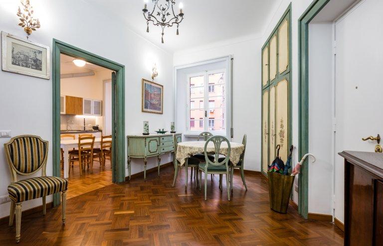 Apartamento clásico de 4 dormitorios en alquiler en Prati, Roma