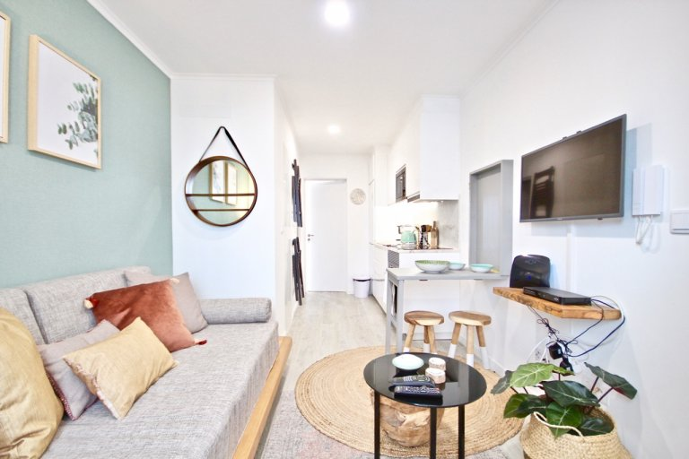 Stylish 1-bedroom apartment for rent in Alcântara, Lisbon