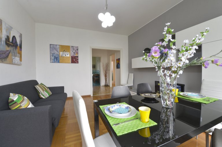 2-bedroom apartment for rent in Corso Sempione, Milan