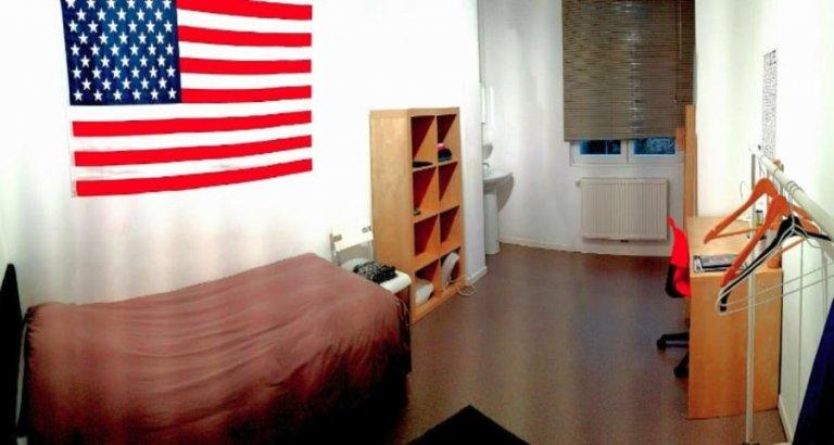 Chambre à louer dans un appartement de 4 chambres à Anderlecht, Bruxelles