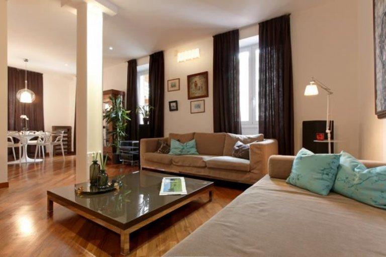 Encantador piso de 3 dormitorios en alquiler en Porta Venezia