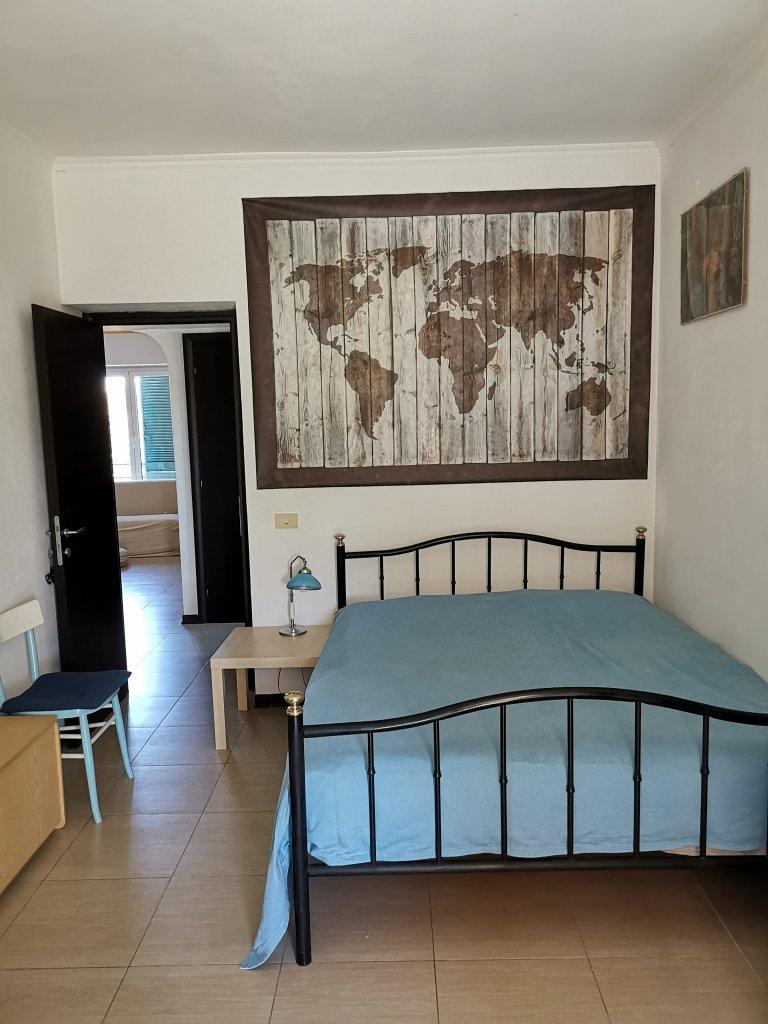 Chambre moderne dans un appartement à Centocelle, Rome