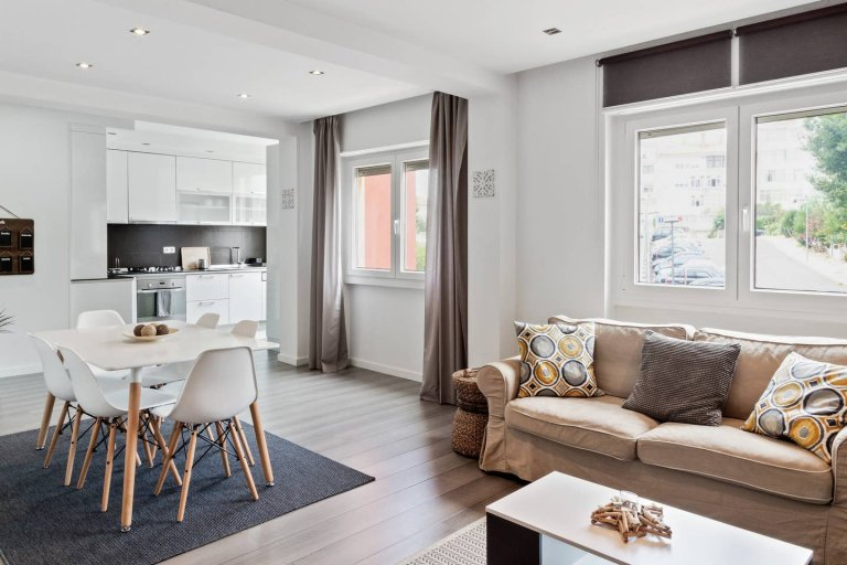 Great 2-bedroom apartment for rent in Paço de Arcos, Lisbon